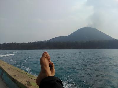gunung-krakatau