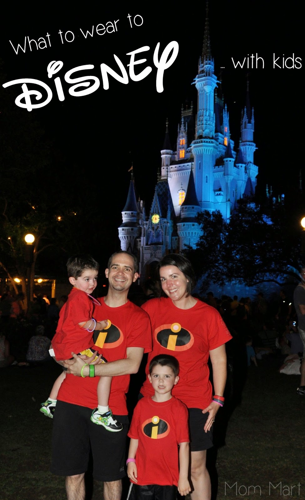 What to wear to Disney World with kids #Disney #DisneyVacation #MatchingShirts Mom Mart