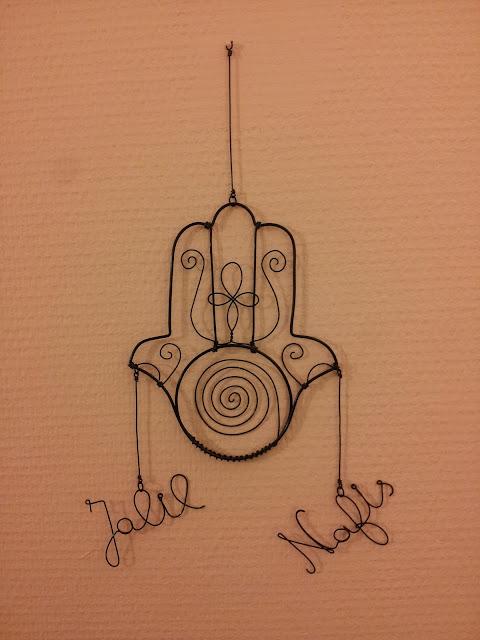http://www.alittlemarket.com/jeux-peluches-doudous/fr_personnalisez_votre_mobile_bebe_artistique_main_de_fatma_pliperle_decoration_chambre_naissance_-16865037.html