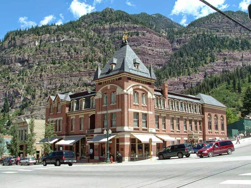 Colorado Haunted Hotels The Beaumont In Ouray