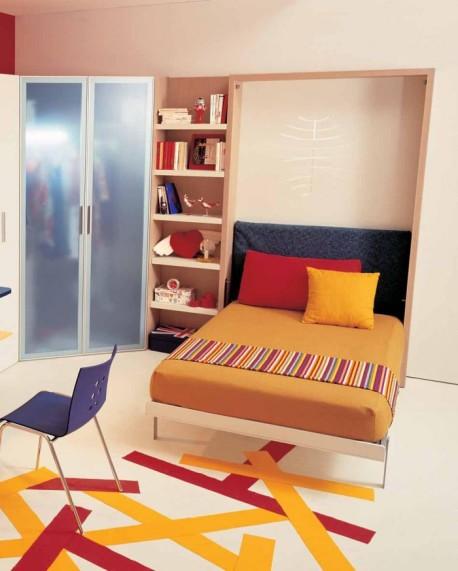 Kamar Tidur abu abu Tetap Menarik Dengan Kehadiran Warna Orange