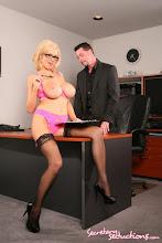 Follando con la nueva secretaria xxx (2014)