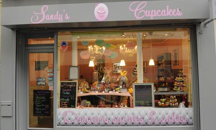 Orph e le blog sandys cupcake salon de th girly pour - Salons de the a paris ...