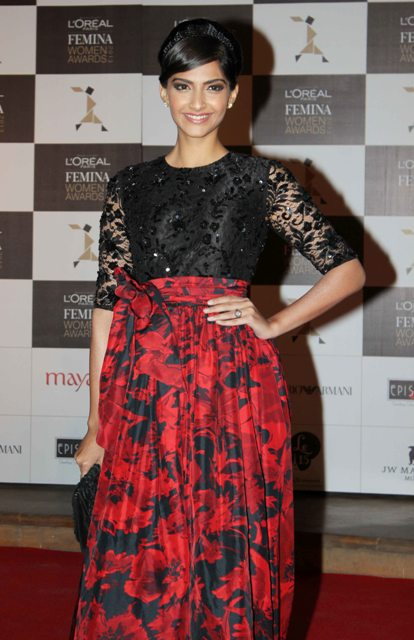 Sonam Kapoor at L'Oreal Paris Femina Women Awards 2013 Loreal-Femina-Women-Awards-2013-29