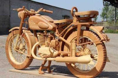 Xe mô tô 2 bánh bằng gỗ