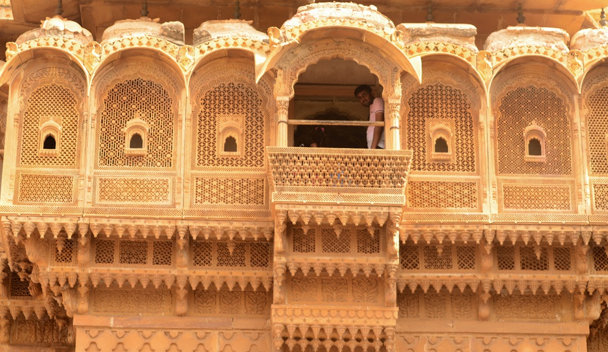 My travel diary from bike trip to jaisalmer longwala for Table align center