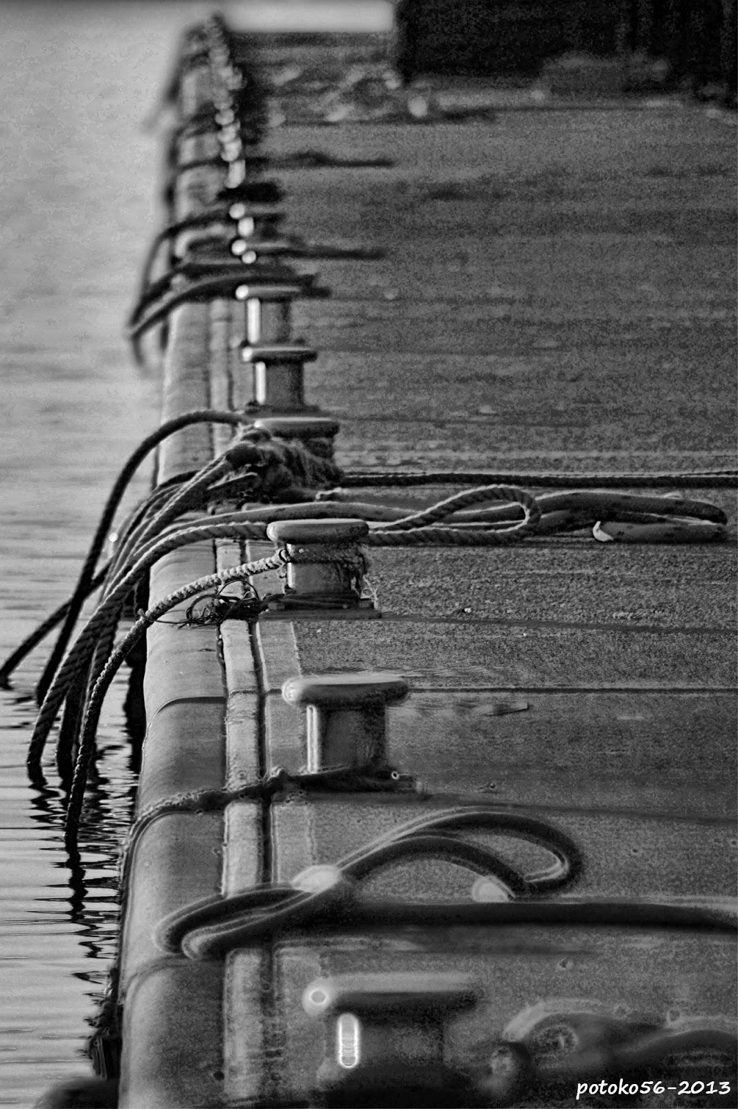 Amarres en el Pantalán del Muelle Rota