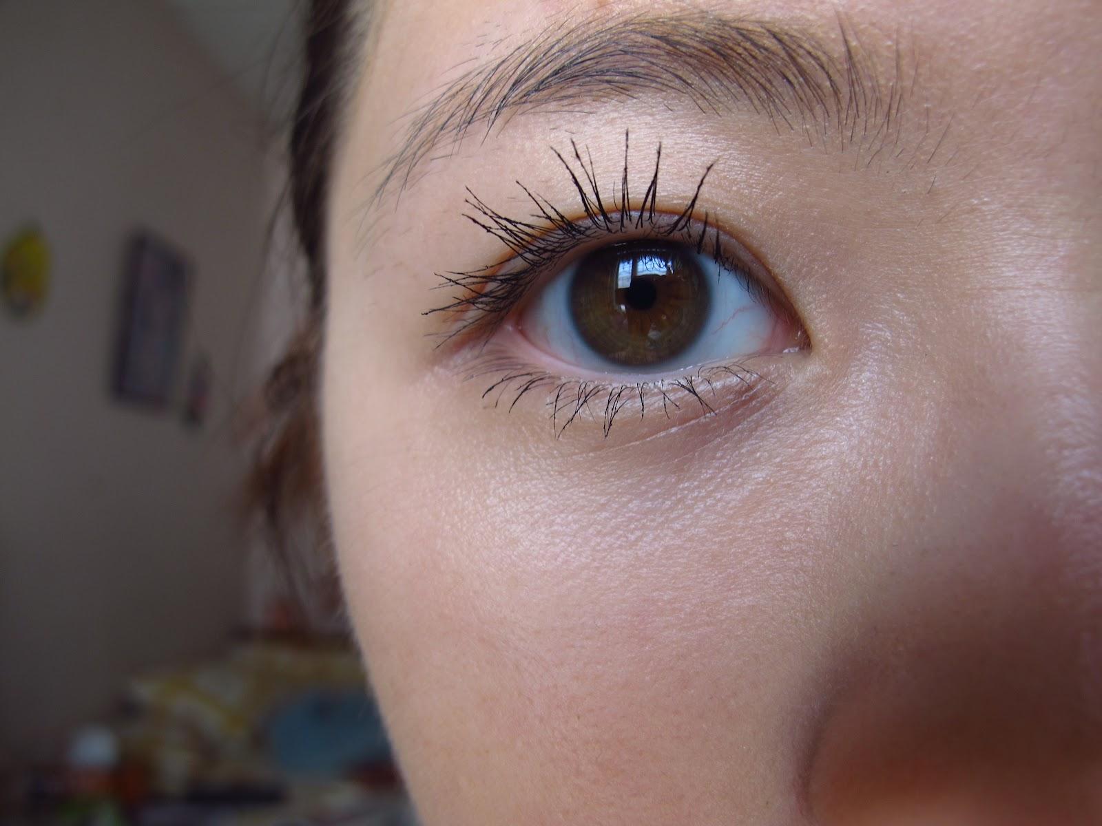 Clinique Under Eye Mascara image