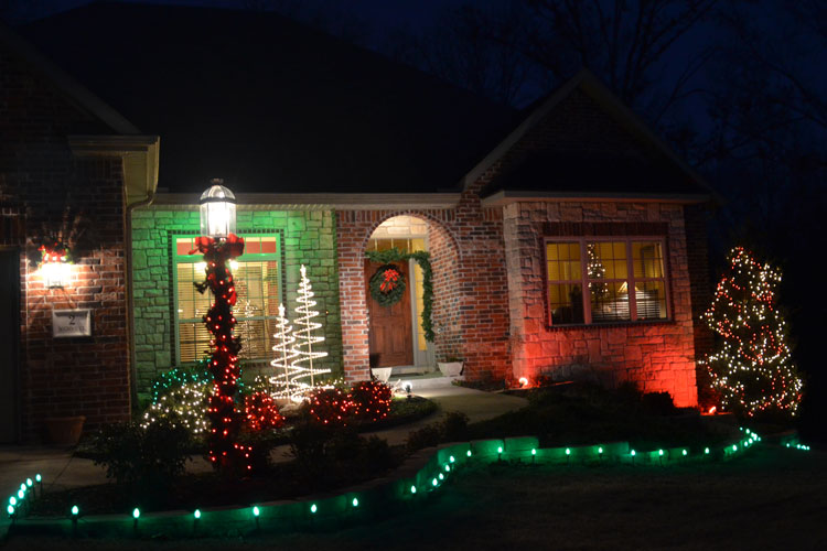 Driller 39 s place 2012 christmas music marathon day 24 for Christmas house music