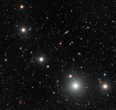 http://silentobserver68.blogspot.com/2012/10/identikit-delle-galassie-oscure.html