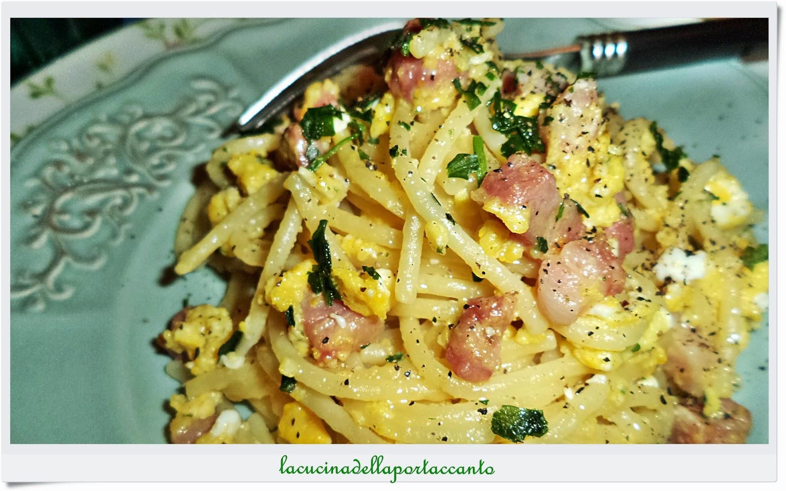 spaghetti in giallo allo speck