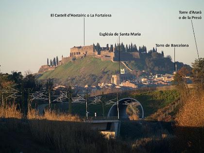 El Castell d'Hostalric des de l'alçada del Mas de Quadres