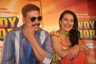 Sonakshi Sinha promotes Rowdy Rathore