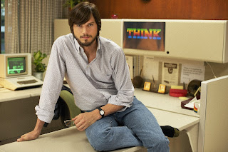 'Jobs' star Ashton Kutcher is a nerd with technology