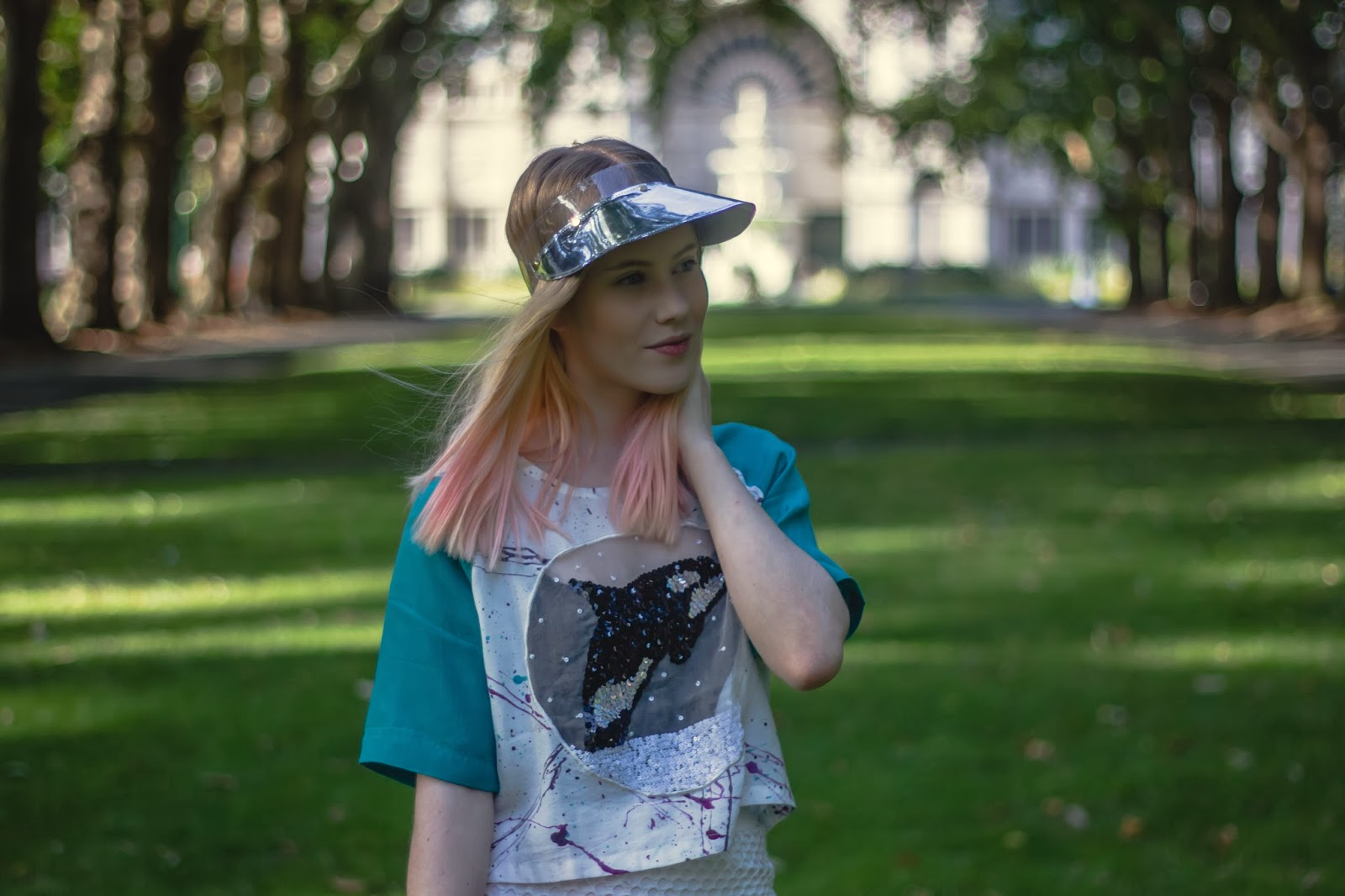 outside is colours, Oliver silver visor, metallic visor, PVC visor, emma mulholland blogger, emma mulholland ootd, orca snow globe, orca snow globe tee, sequin whale top, emma mulholland whale top,