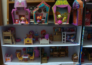 Dollbox, two-storey