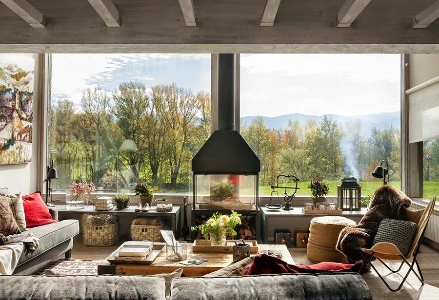 wystrój wnętrz, wnętrza, urządzanie mieszkania, dom, home decor, dekoracje, aranżacje, dom w górach, styl miejski, kominek, duże okna, salon, pokój dzienny, otwarta przestrzeń