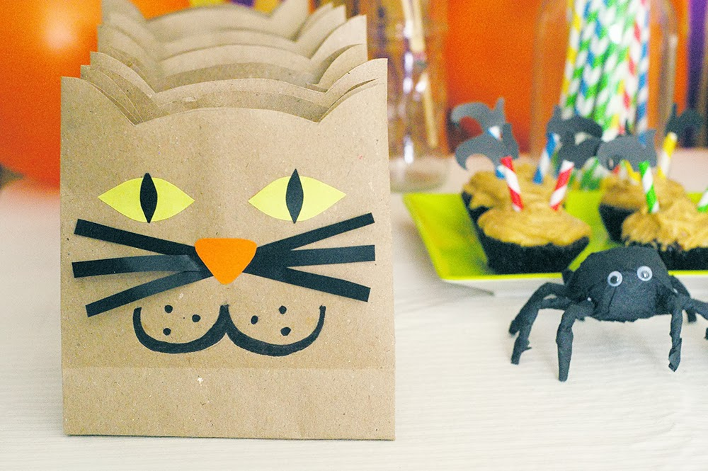 The pink doormat halloween cat paper bags for Bag decoration ideas