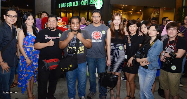 Some of the bloggers and friends at the grand opening in Malacca