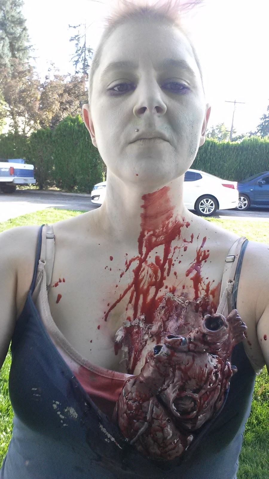 Looking for a last minute costume? Here's how to make yourself into a zombie, with step by step photo instructions!