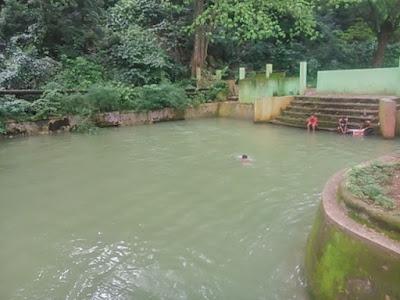 kolam renang mata ie