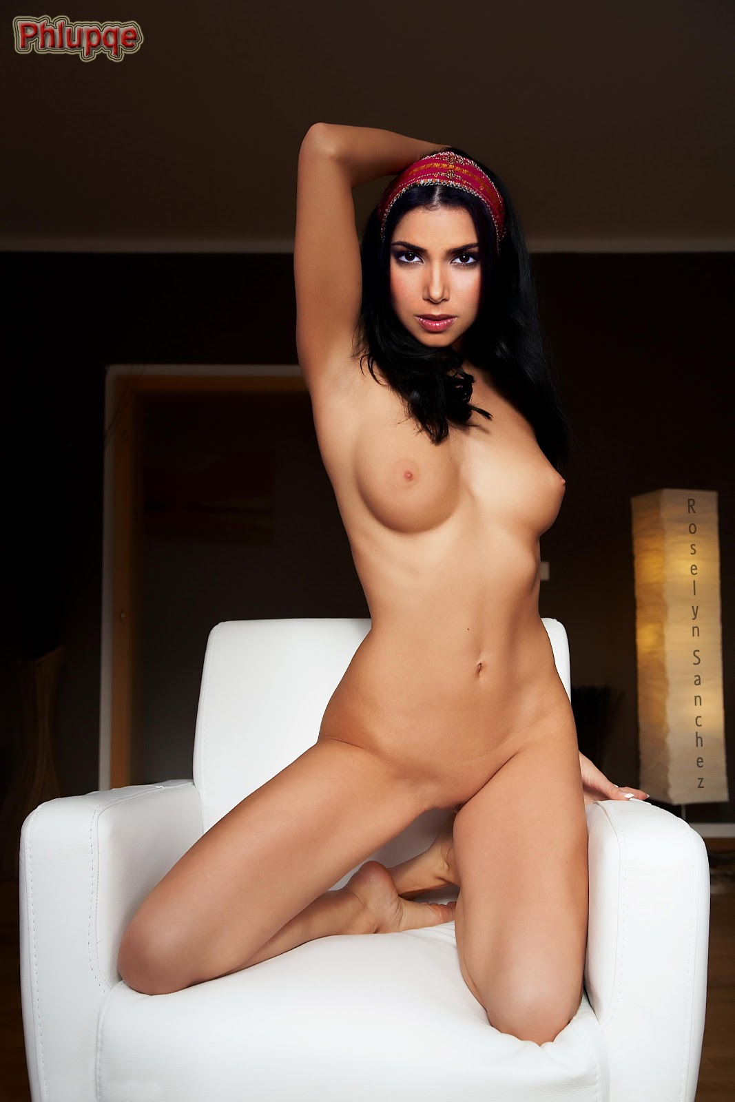 naked beautiful mauri girls