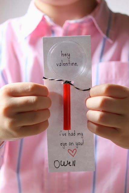 Dandee: Magnifying Glass Valentines