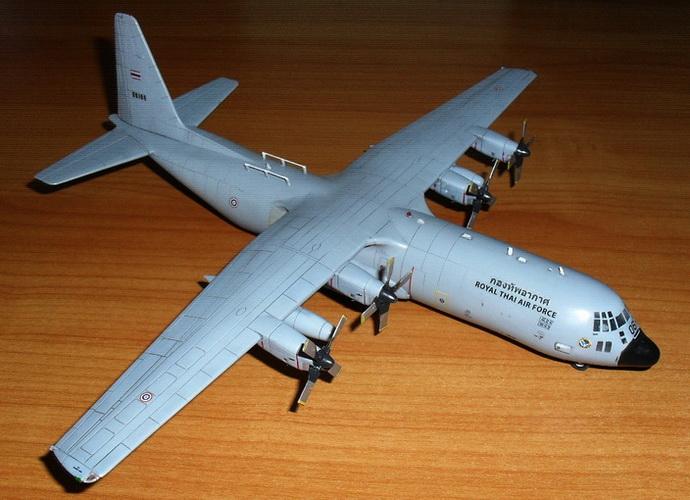 1/144 C-130 H-30 / RTAF