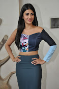 Shruti Haasan latest glam pics-thumbnail-1