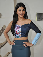 Shruti Haasan latest glam pics-cover-photo