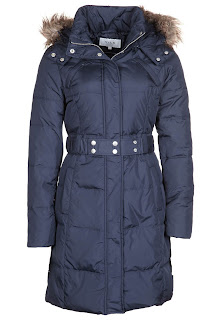 V1021H00Z 503@1.1 Cold Weekend   Cosy Coat