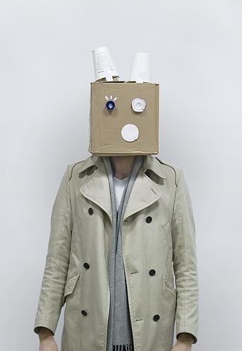 matthew nicholson fotografia divertida robôs caixa de papelão
