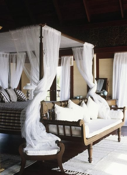 lonny.com & Eye For Design: Decorating Your Bed With Gauze Canopies ...