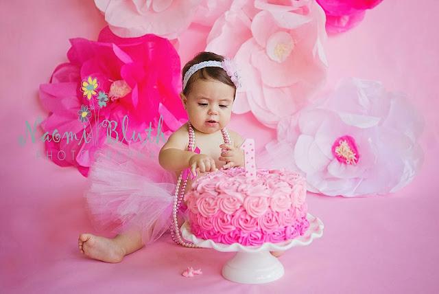 Boca Raton baby cake smash photographer birthday Naomi Bluth
