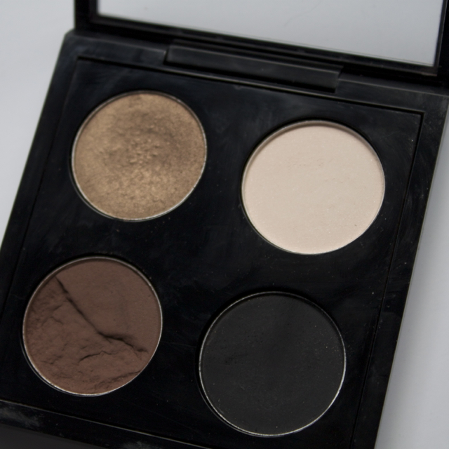 mac everyday neutral eye shadow quad carbon corduroy vanilla patina