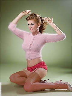 Pin-up Celebrity Pictures