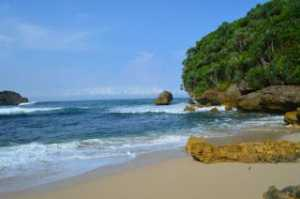 Teluk Puteri Pantai Ngliyep