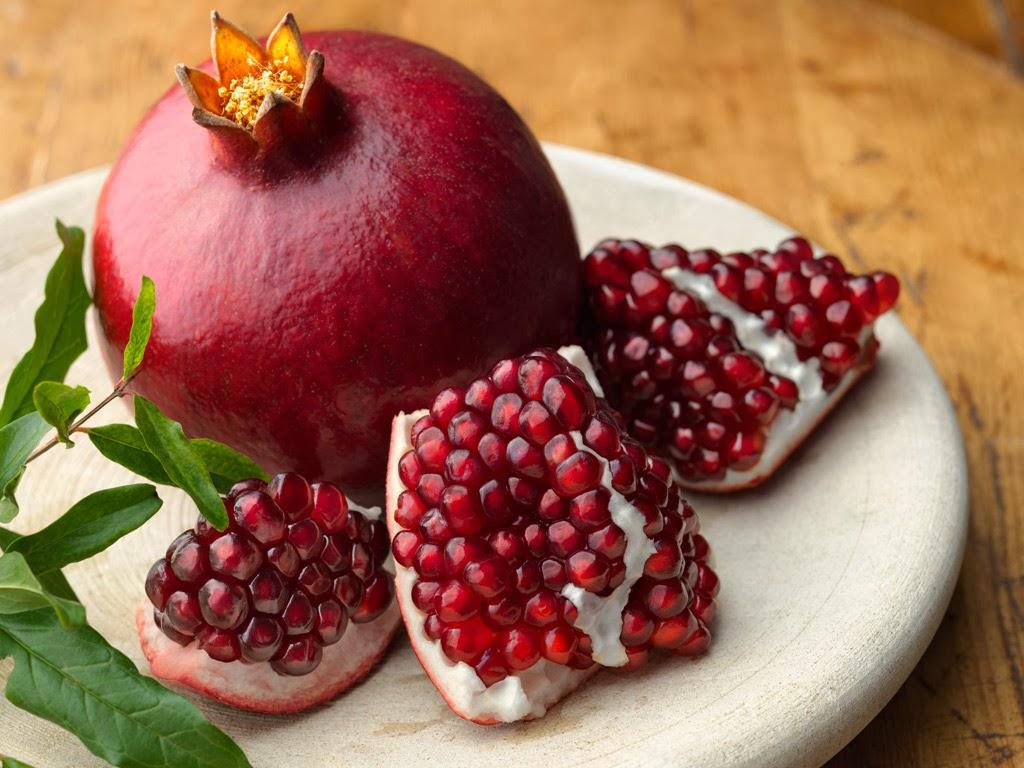 http://4.bp.blogspot.com/-UVN8-aSOxZM/Uv8asLreGGI/AAAAAAAAAzE/8KpLhro5zok/s1600/pomegranate.jpeg