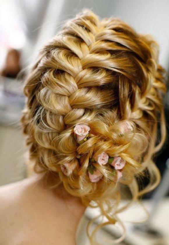 Свадебные причёски плетением