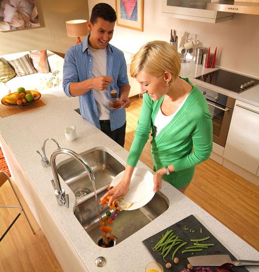 le broyeur alimentaire pour vier de cuisine simplifiez vous la vie en r duisant les d chets. Black Bedroom Furniture Sets. Home Design Ideas