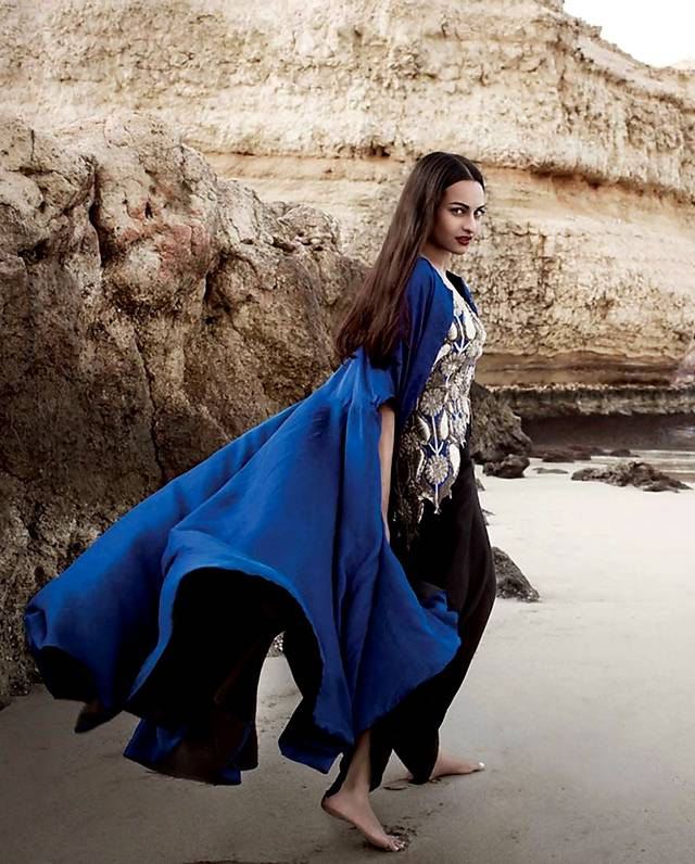 sonakshi sinha new photoshoot top today bollywood
