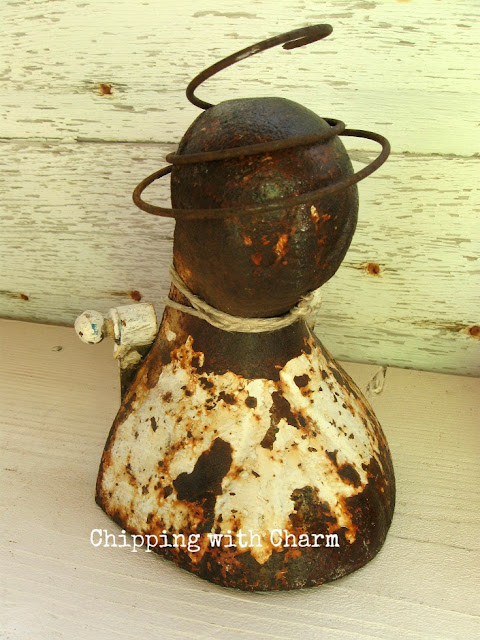 Chipping with Charm: Salvage Style Angel...www.chippingwithcharm.blogspot.com