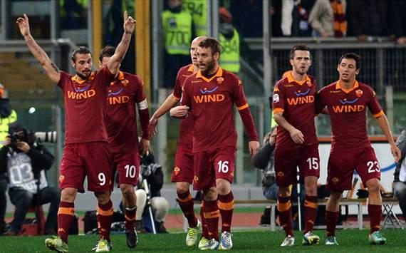 [Imagen: AS+Roma+vs+AC+Milan.jpg]