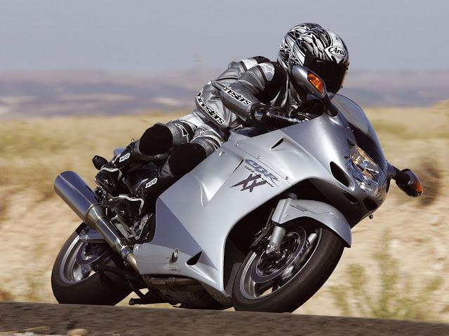 Gambar Sepeda Motor Honda CBR 1100xx Blackbird 08