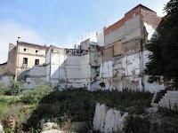 Málaga, solar resultado de demoliciones de edificios históricos en calle Nosquera, calle Muro de las Catalinas, calle Ballesteros y calle Cadete