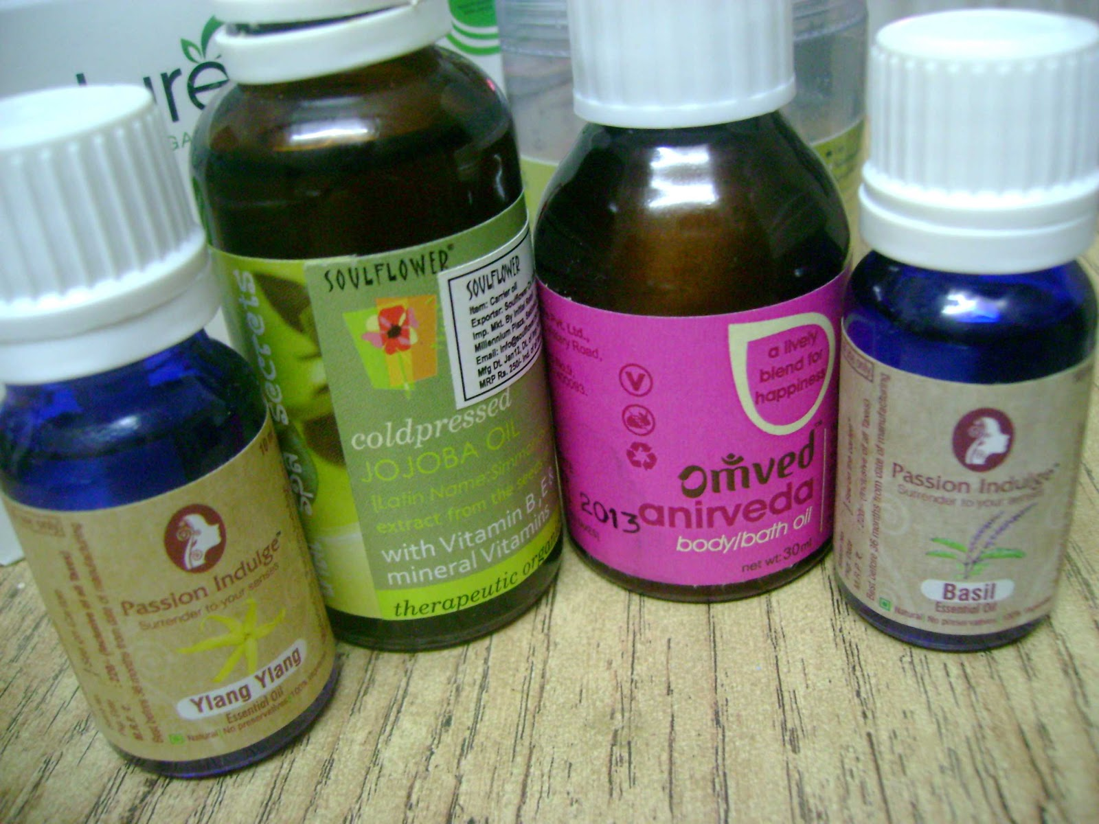 Haul from natural mantra - essential oils and body oils