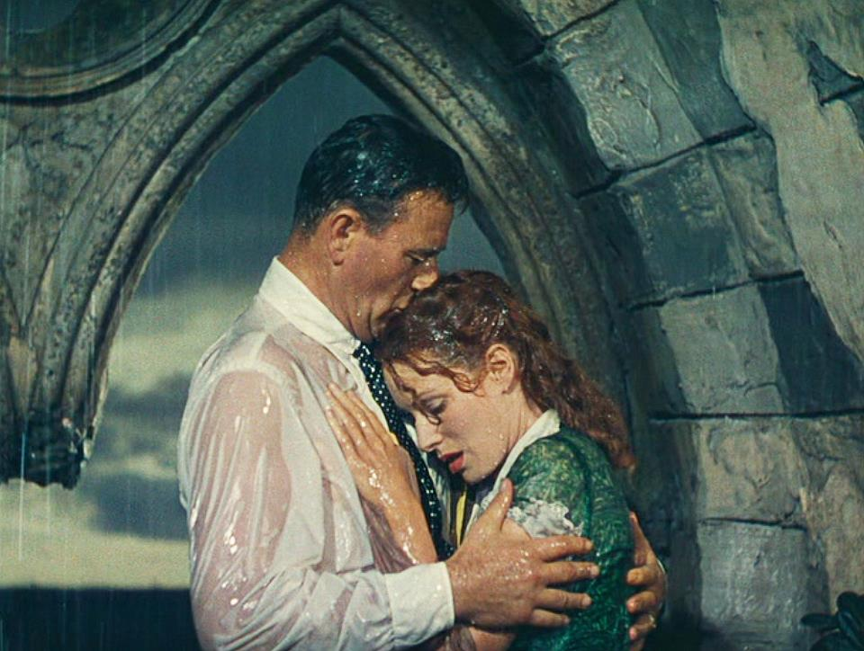 Image result for john wayne beso maureen o hara