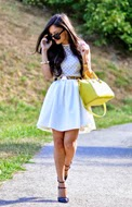 http://www.petitsweetcouture.com/2013/09/lovely-dress.html