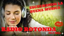 ESCUCHANDO LA MEJOR MUSICA