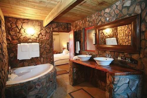 Decoracion De Baño Con Piedras:Baño decorado con piedras naturales Una bañera como punto focal de